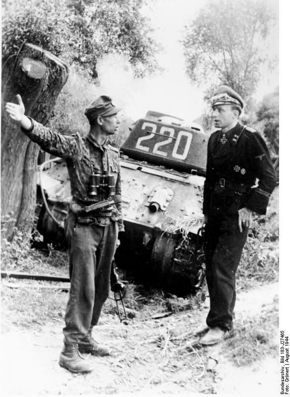 Т-34, подбитый под Варшавой.