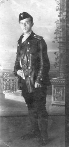 Ф. Комиссаров перед отправкой в Англию