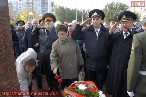 Возложение цветов к памятнику М.Д.Скобелеву