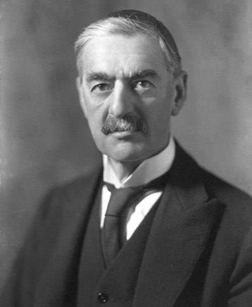 Н. Чемберлен, премьер- министр Великобритании в 1937—1940 гг.