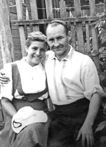 Супруги Макаровы. Надежда Яковлевна в настоящее время живет в Туле с сыном Николаем Николаевичем