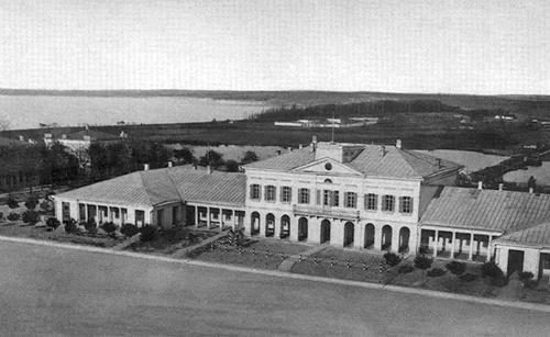 Город Николаев.  Вид на Соборную площадь  и здание гауптвахты