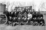 Офицерский состав телеграфной роты с личным составом телеграфных карет 1904 г.