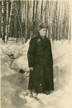 И.И. Кубарев, комиссар 172-го ИАП на месте гибели Силантьева. Февраль 1942 года