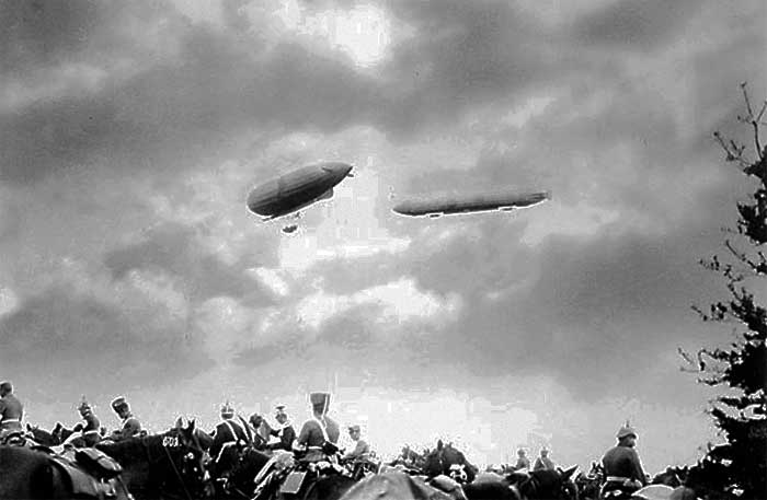 Цеппелины на манёврах германской армии