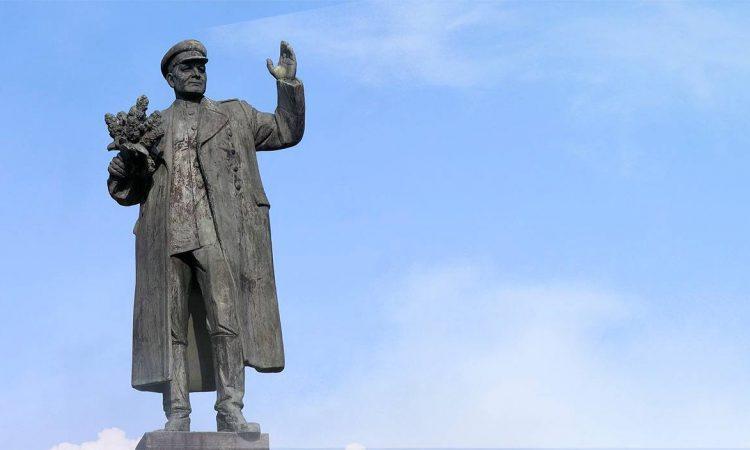 Вернём памятник Маршалу И.С. Коневу на Родину! Предателям памяти предков-героев нет прощения!