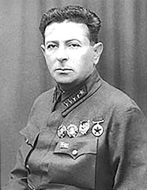 Начальник Главного управления политической пропаганды, позже — Главного политического управления Красной армии (1941—1942 гг.) Л.З. Мехлис