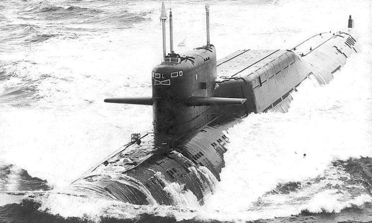 Ракетный подводный крейсер «К-171» проекта 667Б, совершивший в 1976 г. переход через Атлантический океан, пролив Дрейка и Тихий океан