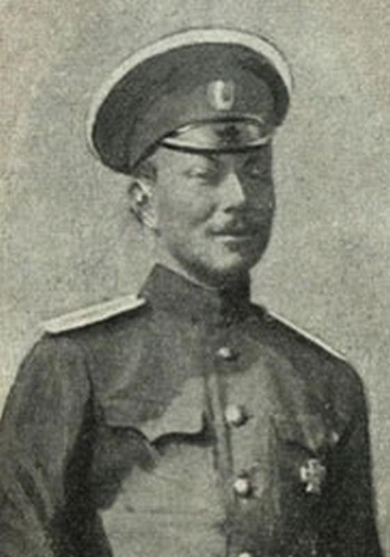 Командир 2-го взвода 1-й Автопулеметной роты штабс-капитан Б. А. Шулькевич.
