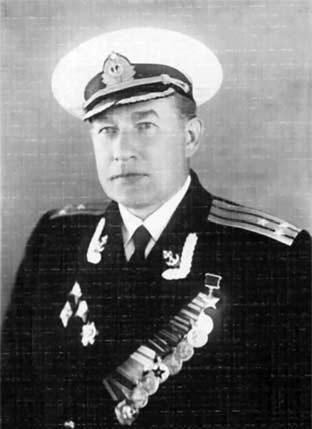 Герой Советского Союза полковник И.П. Барченко-Емельянов. Послевоенное фото
