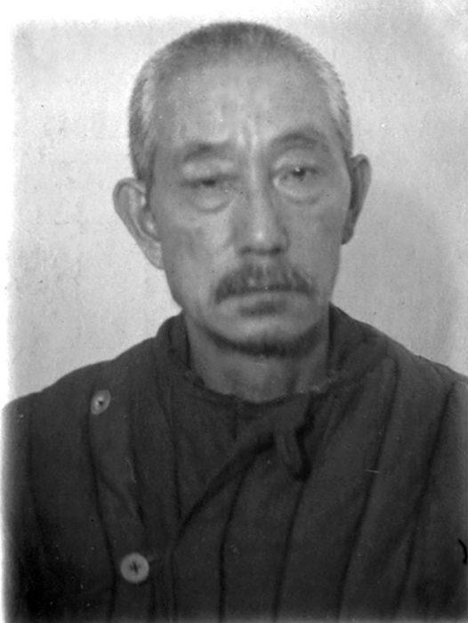 Начальник ветеринарной службы штаба КГВ генерал-лейтенант ветеринарной службы Т. Такахаси