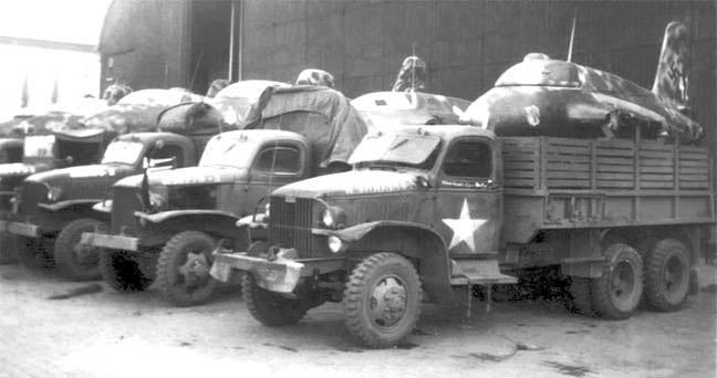 Ракетные «мессершмитты», отобранные для испытаний в США, в кузовах американских грузовиков