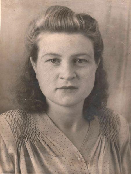 А.Г. Близниченко (1927–2000 гг.), мать учёного