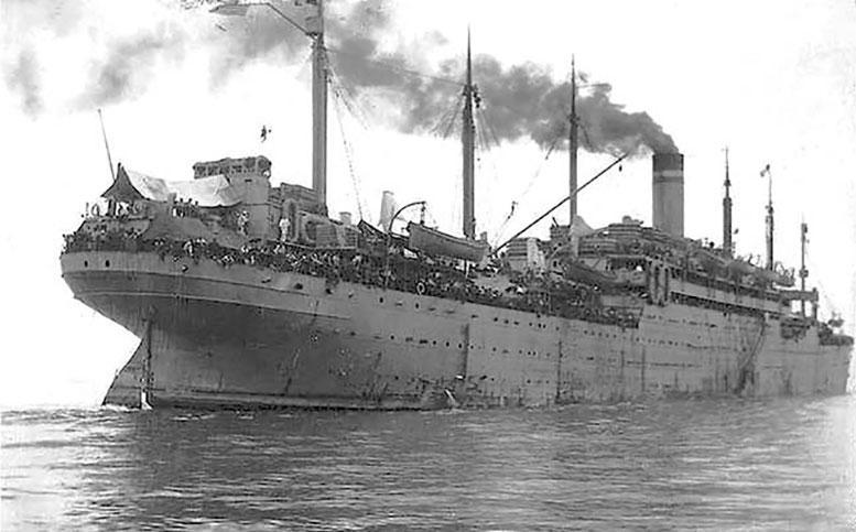 Транспорт «Президент Грант» в конце апреля 1920 г. увёз из Владивостока, как сообщала пресса, 5500 чехословаков, сотни тонн золота, серебра, меди, машин, сахара и другого награбленного российского добра.