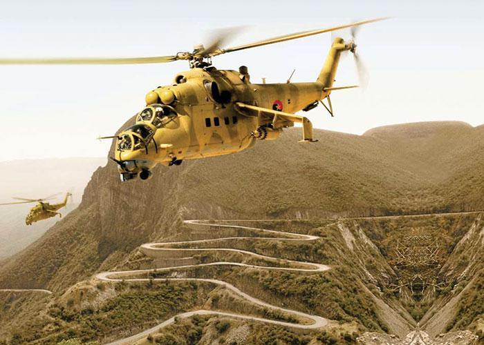 Ангольские вертолёты советского производства Ми-24 над горой Серра де Леба