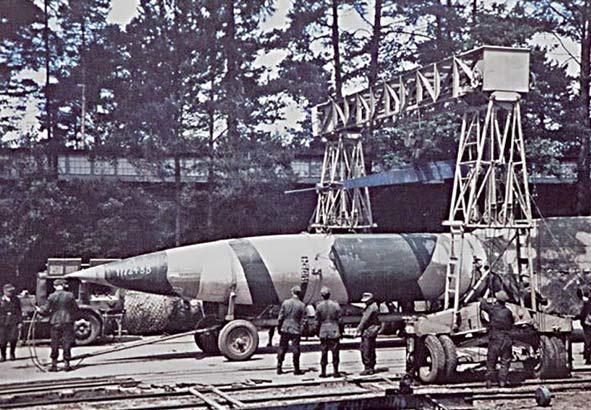 Баллистическая ракета V-2 («Фау-2») на полигоне Близна. Июнь 1944 г.